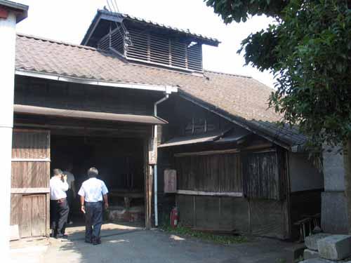 窪田酒造の蔵の周りの様子
